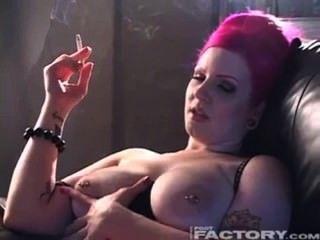 Smoking Tits