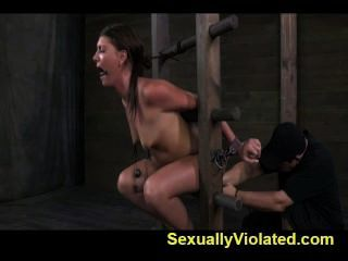Bondage Device Makes Her Immobilized 1