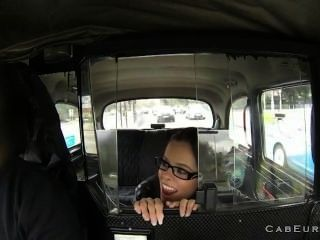Old Taxi Driver Fucks Amateur In Taxi