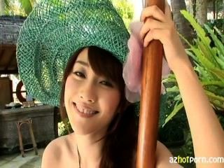 Gravure Idol Mikie Hara With Big Tits