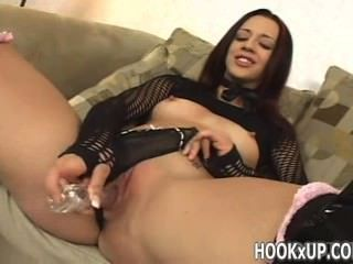 She Toys Herself To Squirt - Hookxup_com