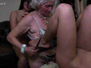 Granny N Teen Threesome