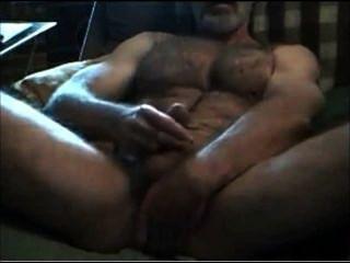 Muscular Hairy Horny Str8 Daddy! Hot Verbal Talkin And Cummin!
