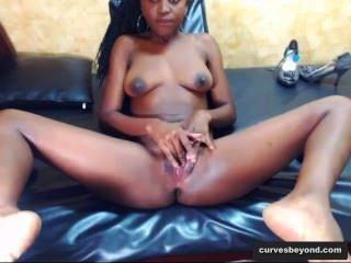 Ebony Babe Opens Her Hole Wide! curvesbeyond.com