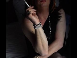 Cynthia Mature Cd/tv Smoking In A Hotel Room