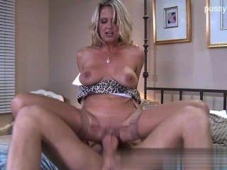 Honey Cowgirl Ballsucking