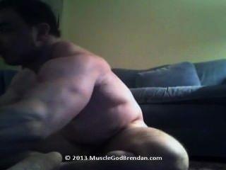 Faf Beefy Bodybuilder