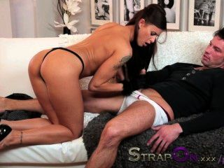 Strapon Sexy Billie Takes Double Penetration From Boyfriend