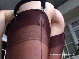 Penelope Heart_nylonstockingsluts 2