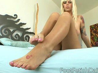Brooke Banner And Her Feet