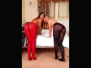 Only Tease Pantyhose Girls Picture Clip