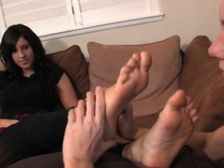 Foot Kiss Vid 33